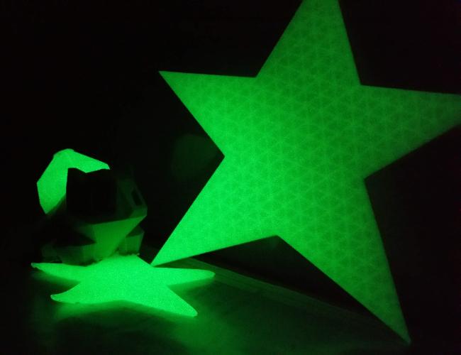 Je kunt glow-in-the-dark objecten 3D printen met speciaal printer materiaal!